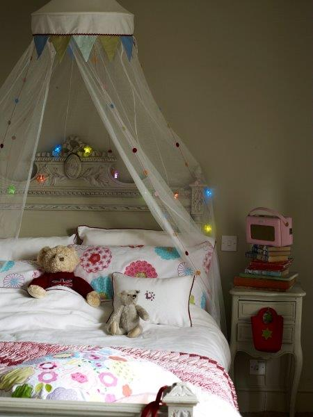 Childrens bed, Photograph, Sandra Lane