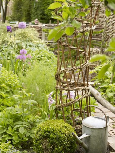 Charis White Garden styling - photo Sandra Lane