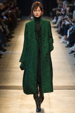 Costume National AW16 Reading To Wear/Pinterest