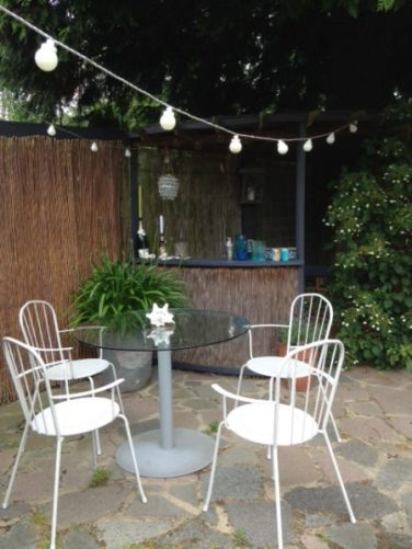 Garden furniture and outdoor bar for Outdoor Entertaining blog by Charis White