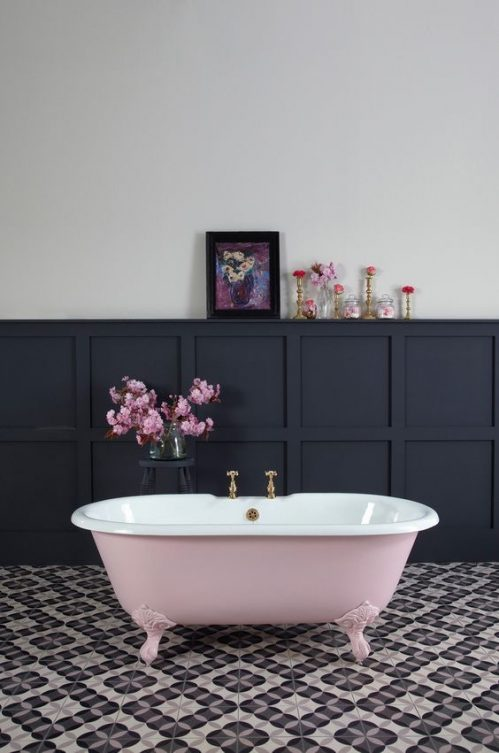 Indigo and pink bathroom, Soho House/pinterest: Charis White Indigo and Blush blog