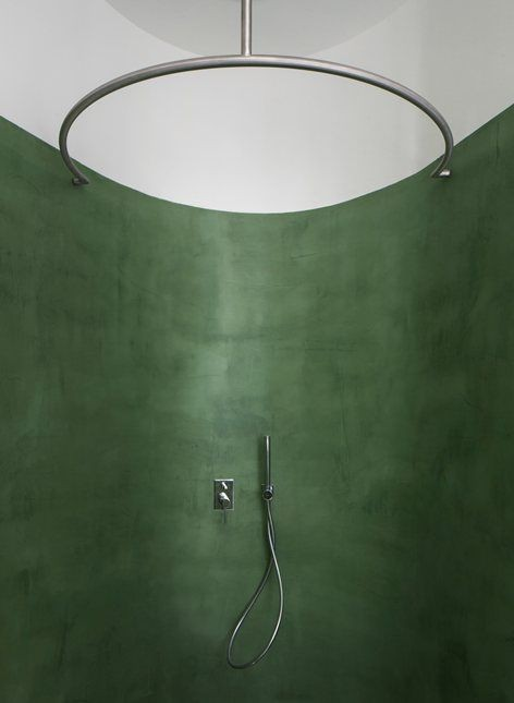 Green wall shower: Photo: David Zarzoso courtresy of Archilovers.com/Pinterest