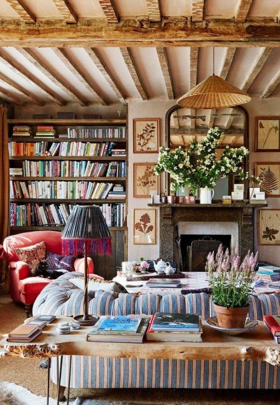 Amanda Cutter Brooks living room on Charis White Interiors blog