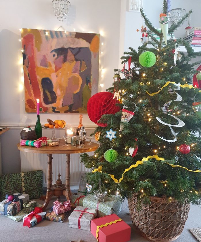 Christmas tree and presents on Charis White Interiors blog